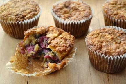 Raspberry Oatmeal Cookie Muffins