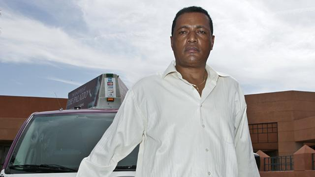 Vegas Cab Driver Returns $222K