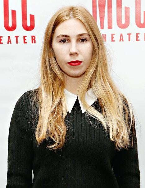 Girls' Zosia Mamet Goes Blonde