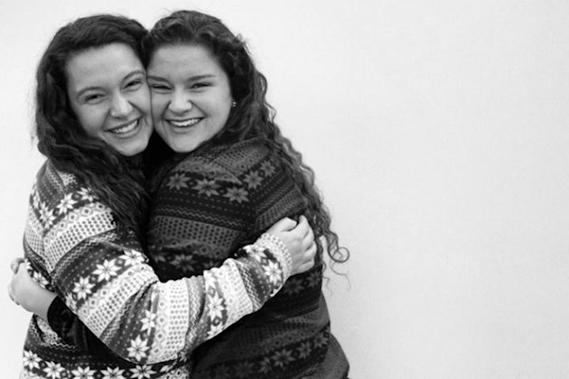 College friends discover they're half-sisters through sperm donor