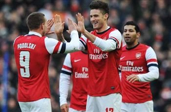 Giroud urges Arsenal to improve in Champions League