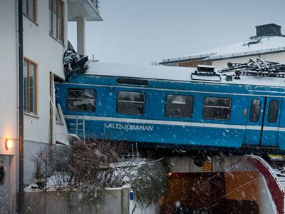 Raw: Train Slams Into Building Near Stockholm
