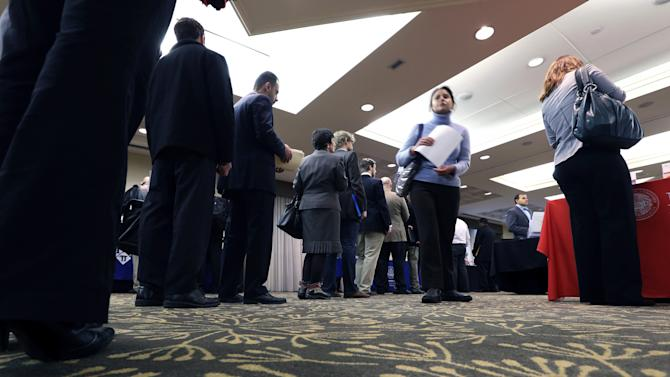 Average for US jobless claims at fresh 5-year low