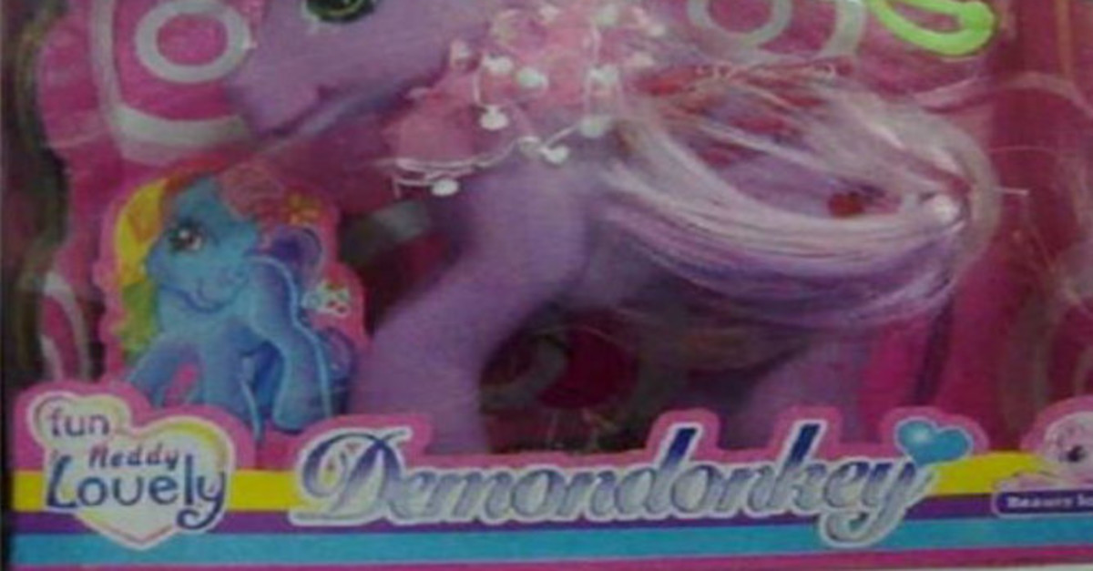 17 Brand Name Wannabes That Hilariously Failed