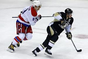Maatta's late goal lifts Penguins by Capitals  …