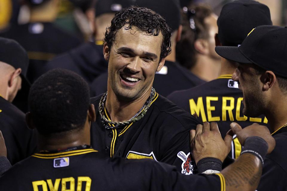 Jones, Liriano, Pirates beat Cards for Central tie