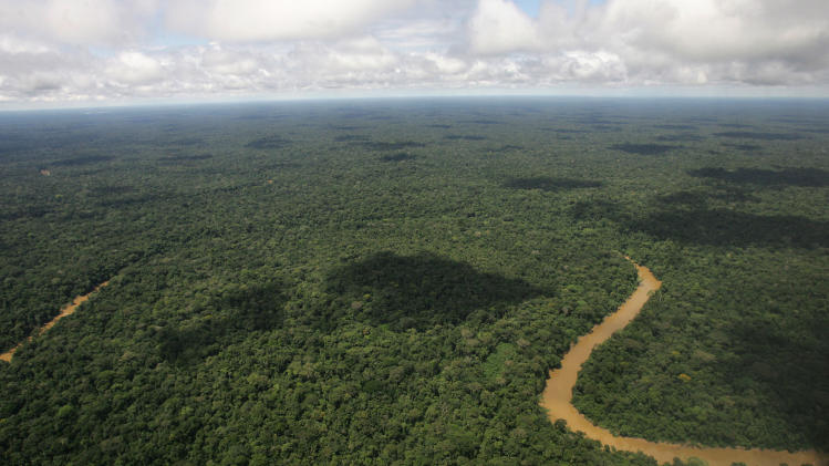 Ecuador's congress Oks oil drilling in Amazon park