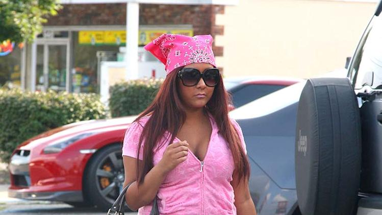 Snooki Heads To Gym