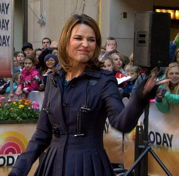 Savannah Guthrie: I Didn't Flip Off Matt Lauer on 'Today' (Video)