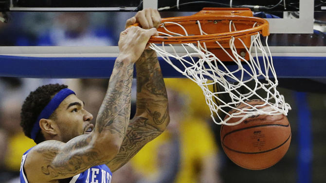 Upstarts Kentucky, Stanford advance to Sweet 16