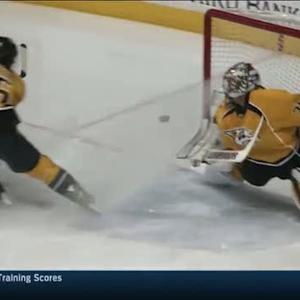 Pekka Rinne makes huge stretching stop
