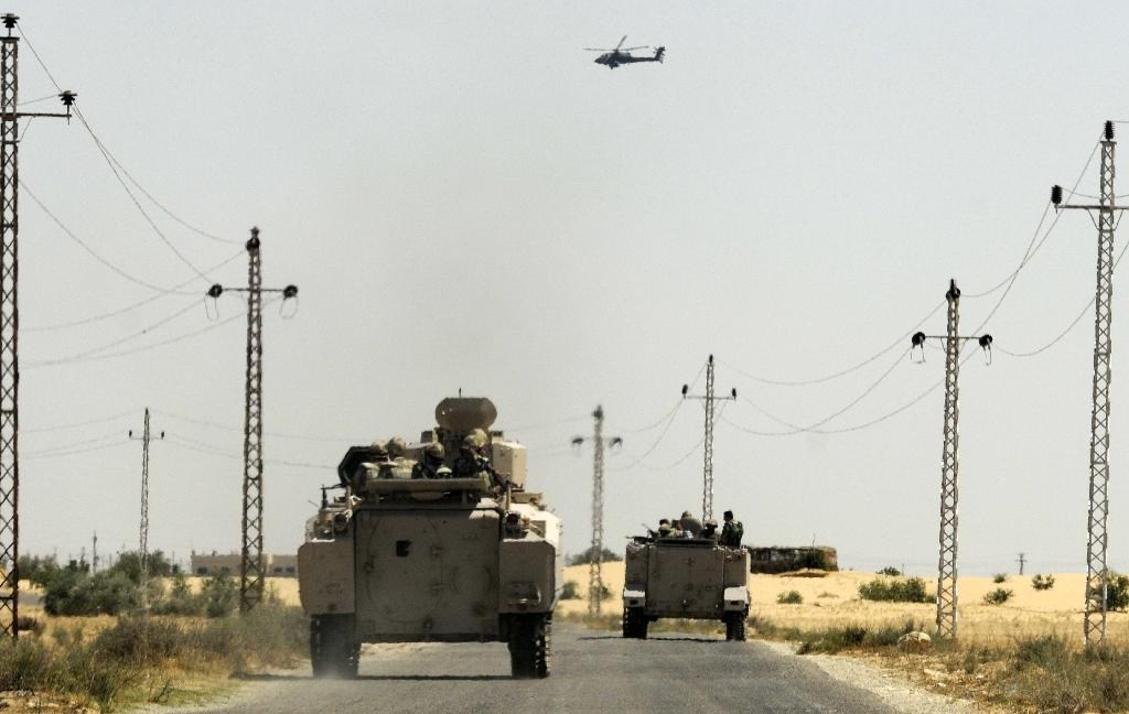 Sinai attacks kill Egyptian policeman, wound 8