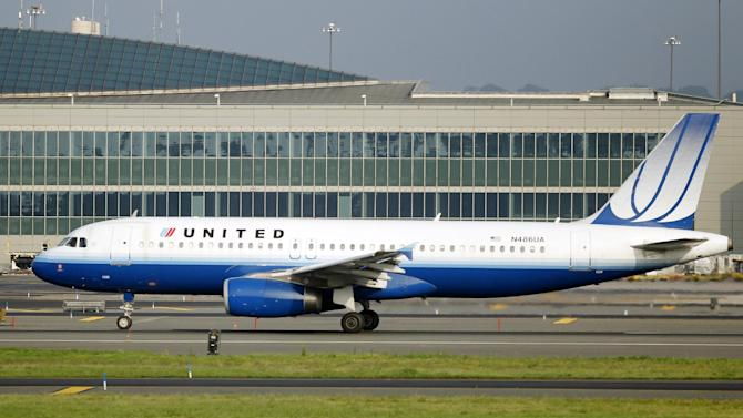 A United Airbus A320 passenger plane rolls down a runway on take off at Newark Liberty International airport Saturday, Aug. 11, 2012, in Newark, N.J. Airline pilots who fly certain Airbus jets that first came into service more than two decades ago have reported over 50 episodes of multiple electrical failures in the cockpit.  (AP Photo/Mel Evans)