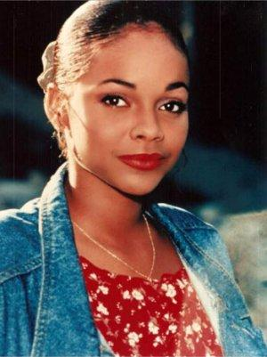'Saved by the Bell' Actress Lark Voorhies Has Bipolar Disorder, Says Her Mother (Video)