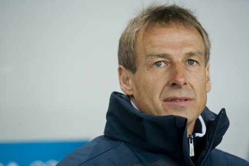 Der ehemalige Bundestrainer Jrgen Klinsmann ist beeindruckt von der Leistung der italienischen Nationalmannschaft im Viertelfinale gegen England. Die &quot;Squadra Azzurra&quot; ist Gegner des deutschen Teams im Halbfinale am Donnerstag. (Archivbild)
