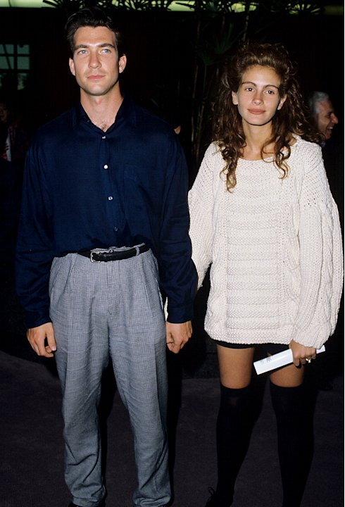 Dylam McDermott,  Julia Roberts