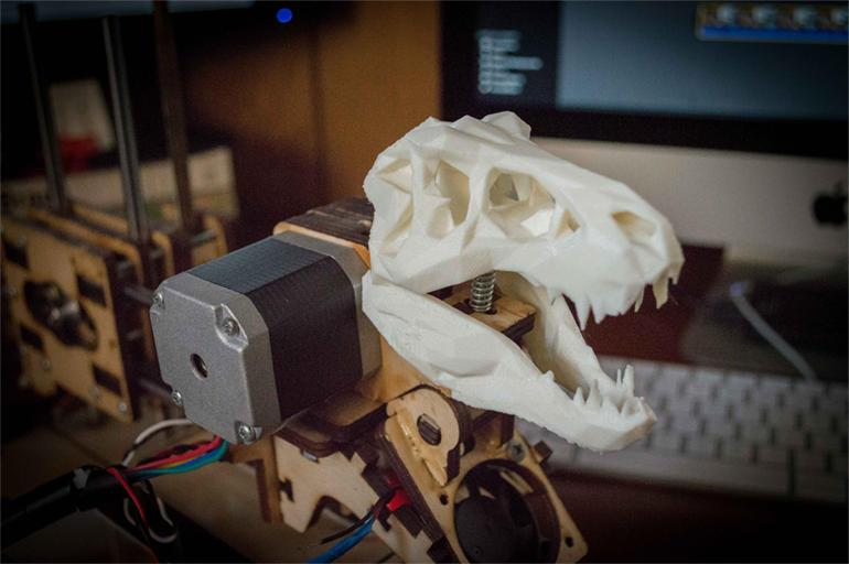 Listen to the Jurassic Park theme played on a 3D printer