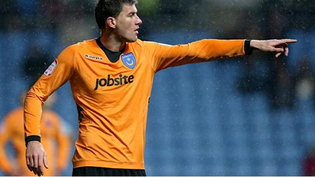 Football - Michalik leaves Pompey