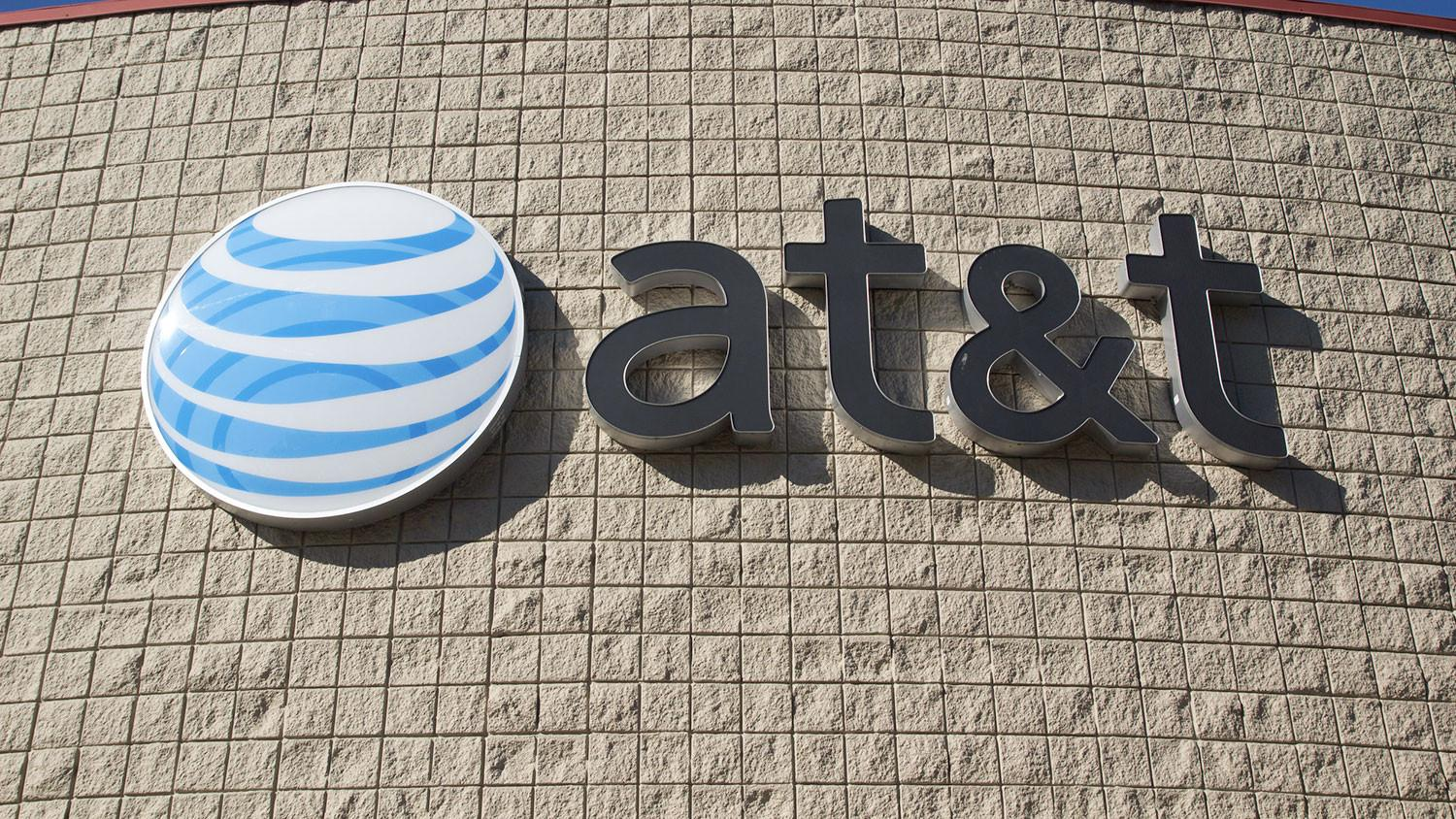 Are you an AT&T subscriber? Analysts say you may be part of a dying breed