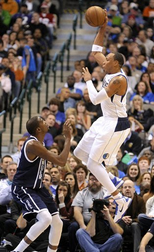Mavs' Marion fined $25,000 for referee criticism
