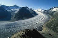 The Aletsch Glacier of Switzerland is the largest in the Alps, but scour marks on the valley reveal that the ice used to extend much higher.