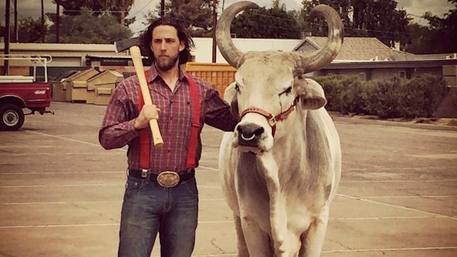 Social Media Roundup: Madison Bumgarner in His Element Posing with an Ox