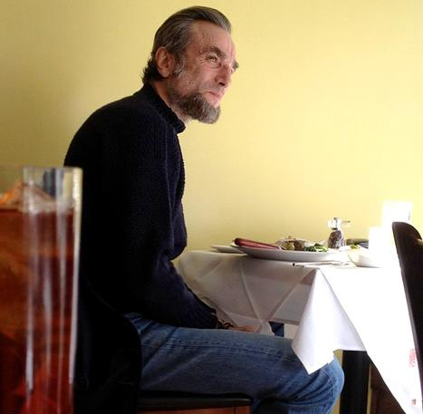 Whoa! See Daniel Day-Lewis Transformed Into Abraham Lincoln