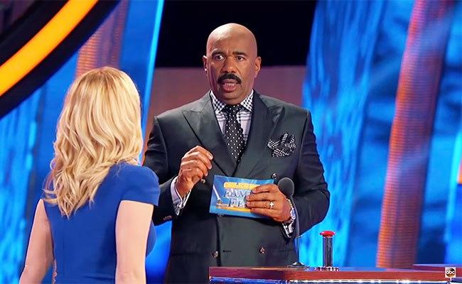 Steve Harvey Stares On Aghast As Kellie Pickler Melts Down On 'Family Feud'