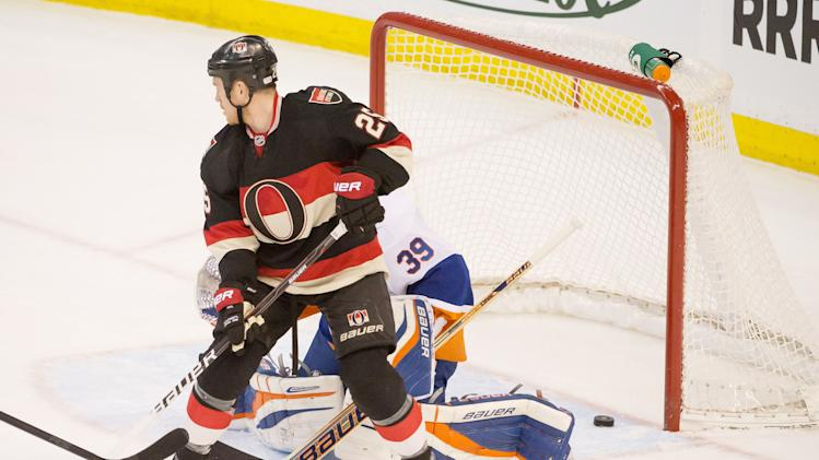 NHL: New York Islanders at Ottawa Senators