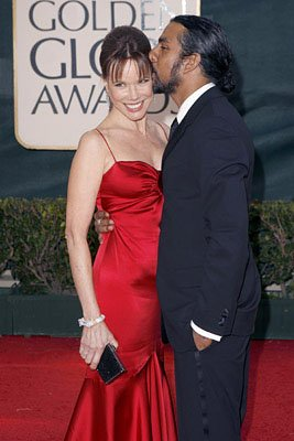 Barbara Hershey and Naveen Andrews 63rd Annual Golden Globe Awards - Arrivals Beverly Hills, CA - 1/16/06