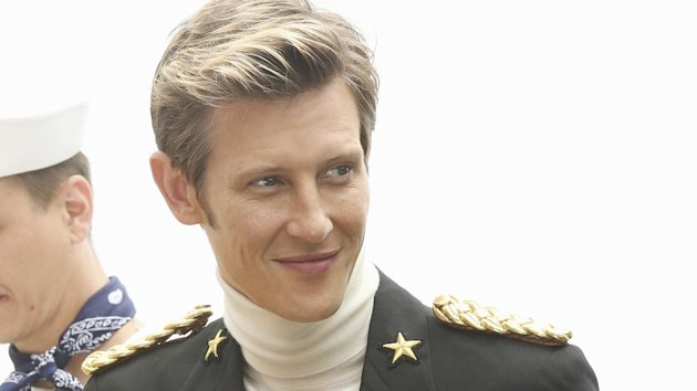 Gabriel Mann plays billionaire Nolan Ross in Revenge