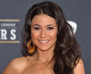 Mentalist Exclusive: Entourage Beauty Emmanuelle Chriqui to Romance Jane!