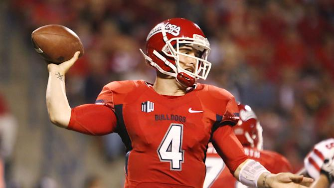 Carr leads No. 15 Fresno St against San Diego St