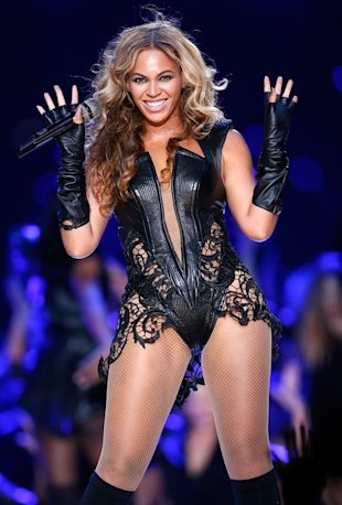 Beyonce Superbowl on Beyonc   Reunites With Destiny S Child For Super Bowl Halftime Show