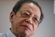 The real enemy in Kajang is not Barisan but Pakatan infighting, says Kit Siang