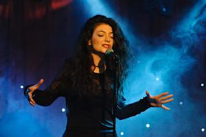 Lorde Books 2014 Club Tour