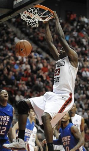 No. 17 SDSU rallies to beat Boise State 58-56