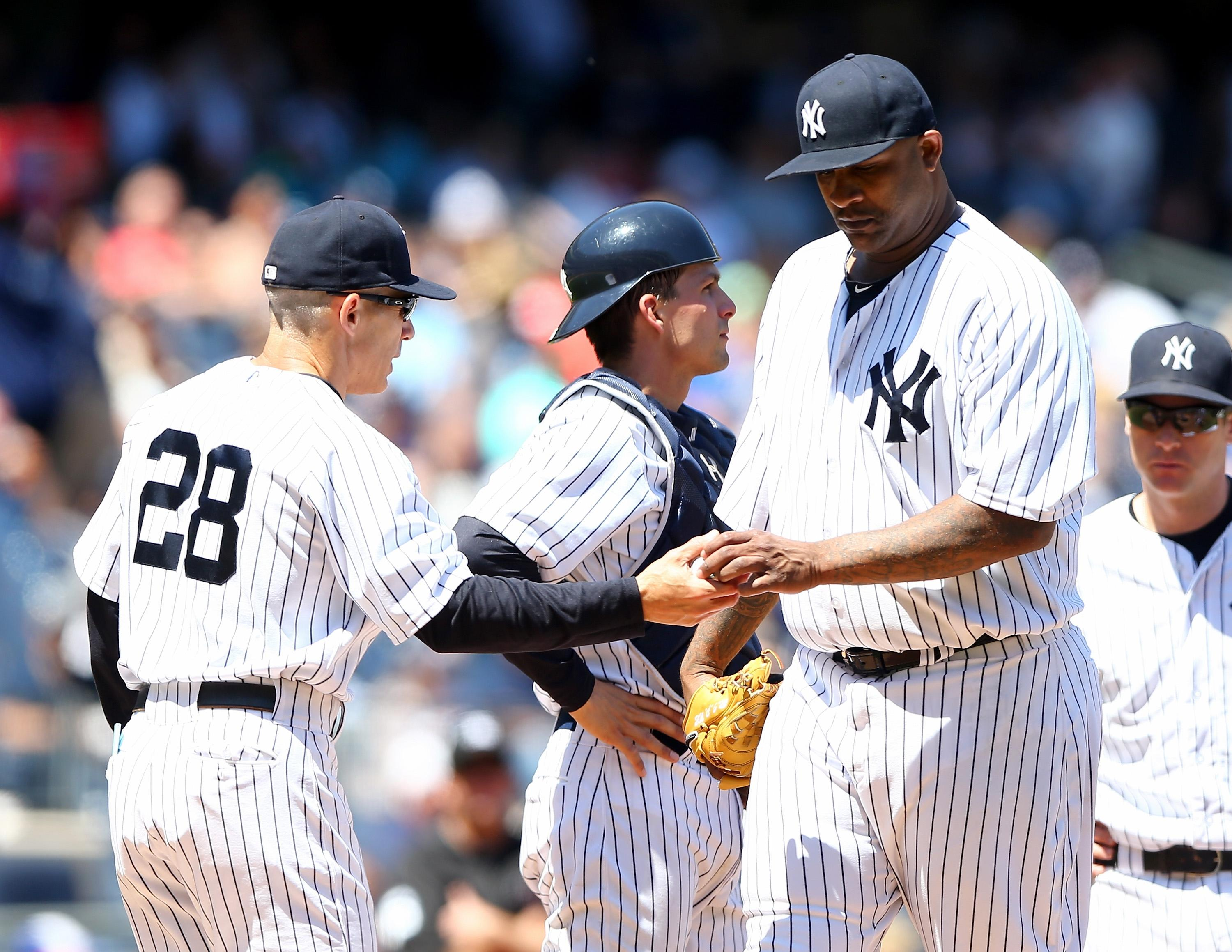Yankees losing streak reaches five after lopsided loss to Rangers