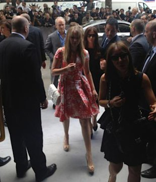 LIVE At Dior&amp;#39;s Couture Show: Marc Jacobs, Donatella Versace &amp; Jennifer Lawrence Have Arrived!