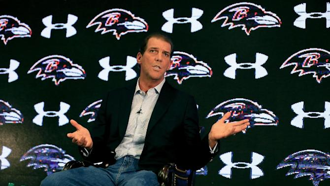 Baltimore Ravens owner Steve Bisciotti addresses the media during a news conference at the team's practice facility concerning the recent controversy surrounding former player Ray Rice on September 22, 2014 in Owings Mills, Maryland