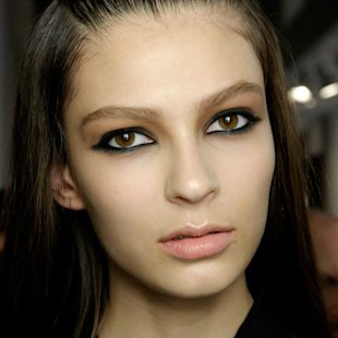 Versus: Backstage: A/W12: Kohl Eyes: Beauty Trend