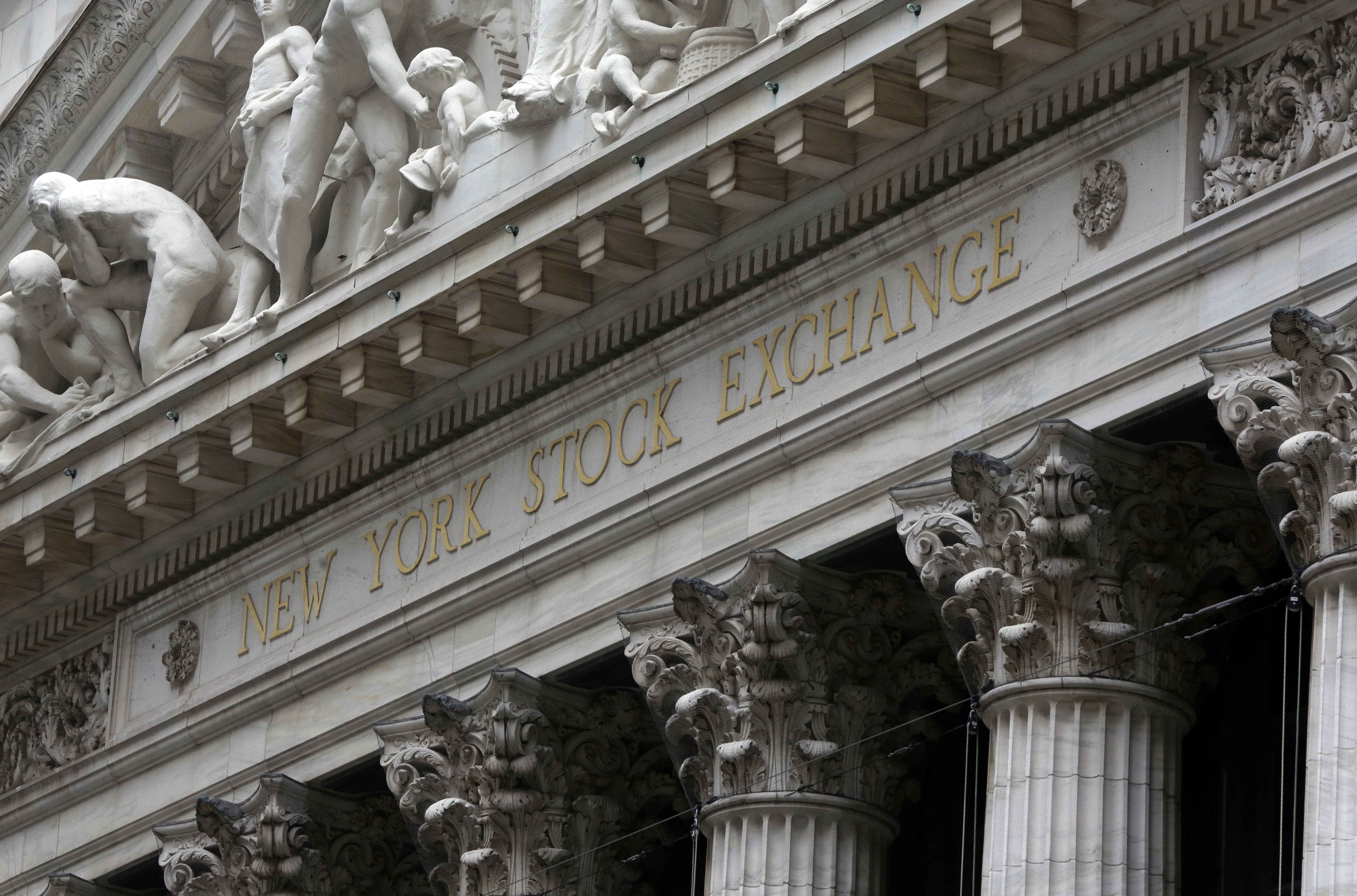 US stocks open slightly higher; Freescale jumps on deal