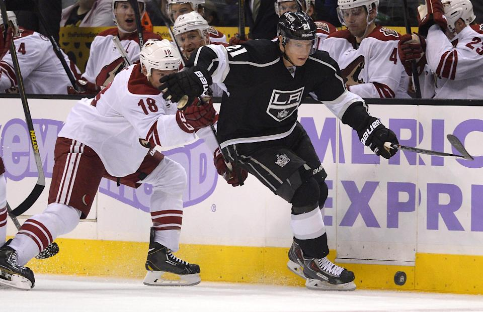 LA Kings blow 4-goal lead, still beat Phoenix 7-4