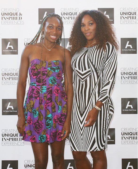 Williams Sisters Tennis Photos http://es.eurosport.yahoo.com/fotos/tenis-1320060180-slideshow/williams-sisters-table-tennis-play-20130110-013415-781--ten.html