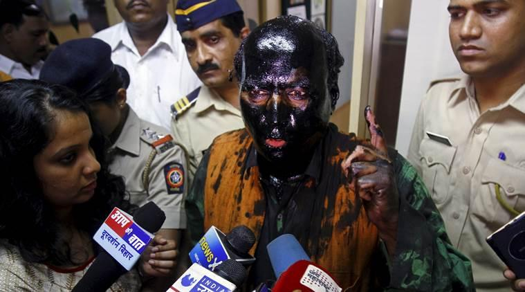 Congress, Left target Modi government over Sena's ink attack on Kulkarni