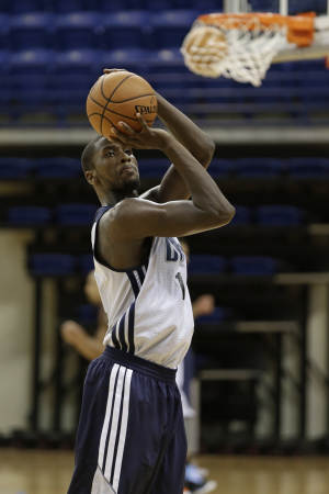 Price working to fix Kidd-Gilchrist's jumper