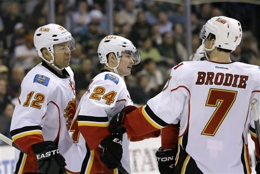 Eriksson scores twice as Stars beat Flames 4-3