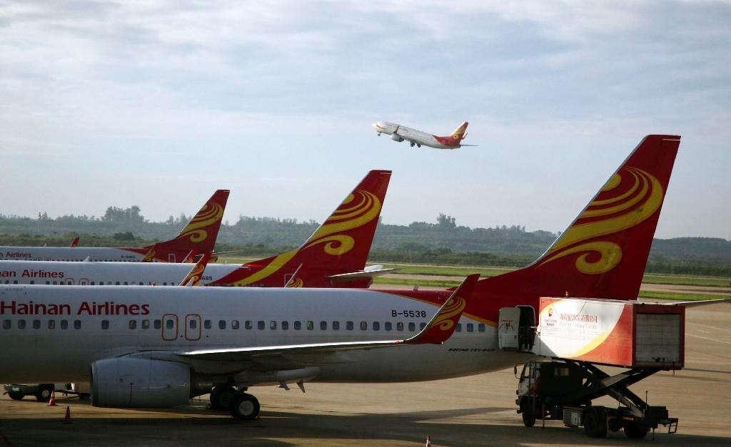 China's Hainan Airlines eyes 30-plane Boeing order