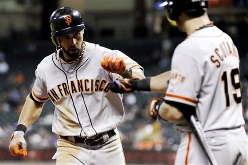 Sanchez singles in 9th to lift Giants over Astros