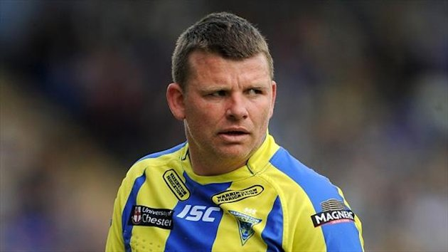 Lee Briers' last-minute drop goal secured victory for Warrington